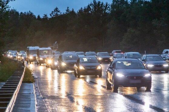 Am Sonntagabend gab es auf der A72 in Richtung Leipzig kein Durchkommen. Der Verkehr wurde an der Anschlussstelle Zwickau-West abgeleitet.