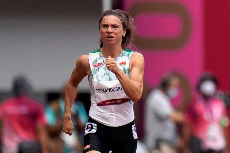 Olympia-Athletin Kristina Timanowskaja sollte nach kritischen Äußerungen über Sportfunktionäre ihres Heimatlandes möglicherweise aus Tokio entführt werden. Mittlerweile steht die 24-Jährige unter dem Schutz der japanischen Polizei und soll demnächst nach Polen ausreisen.