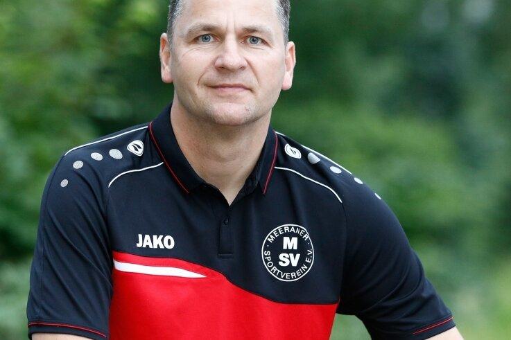Sven Schmidt ist beim Meeraner SV der neue Mann an der Seitenlinie. Darüber hinaus steht er als Ü-40-Spieler selbst noch bei den Alten Herren des VfL Hohenstein-Ernstthal auf dem Platz.