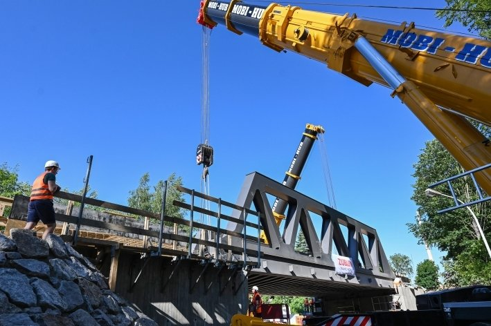 Neue Brücke für Bahn nach Aue