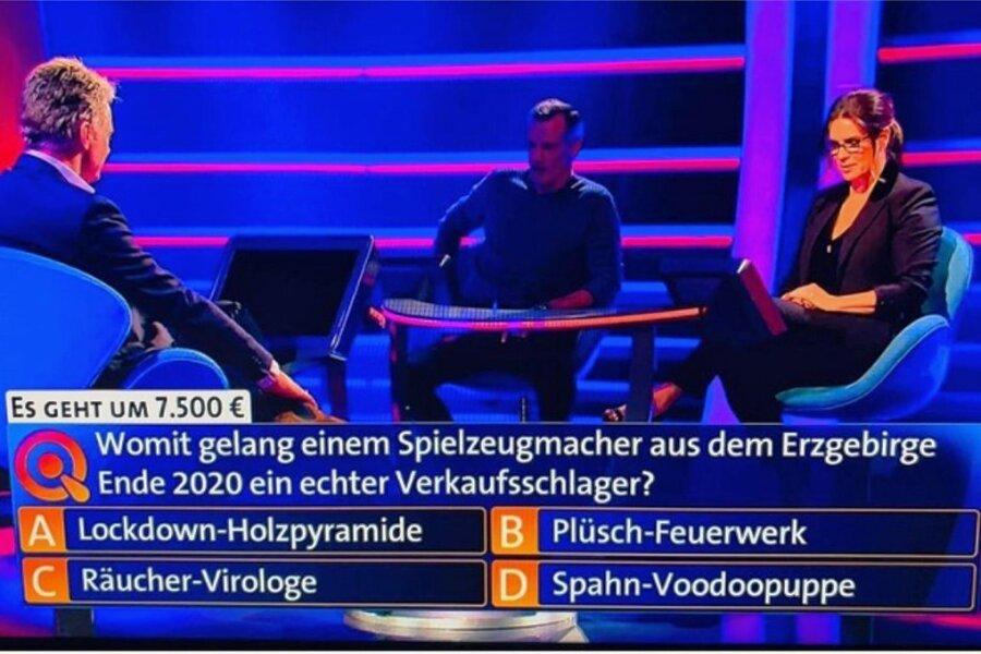 Für 7500 Euro musste Katharina Witt und Henry Maske die Frage beantworten, womit einem Spielzeugmacher aus dem Erzgebirge Ende 2020 ein echter Verkaufsschlager gelang.