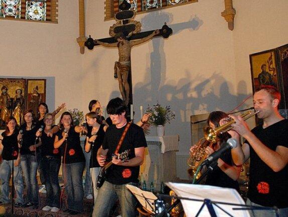 """<p class=""""artikelinhalt"""">Die Gruppe Tensing aus Hainichen mit ihrem neuen Programm """"Rocks for you"""" in der Trinitatiskirche.</p>"""