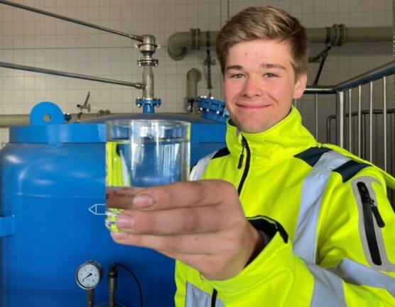 Tom Herpich ist bester Azubi des IHK-Jahrgangs 2021 in Sachsen im Bereich staatlich anerkannter umwelttechnischer Berufe.