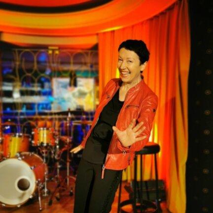 Ihr erstes Musikvideo haben Manuela Sieber und ihre Band in der Bar der Oelsnitzer Stadthalle aufgenommen.