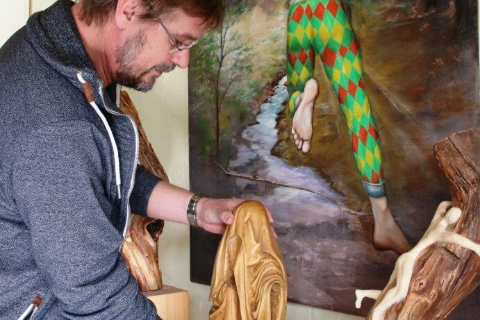Stadtmuseum zeigt Figürliches aus Holz