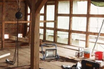 Im oberen Bereich des alten Stallgebäudes sind vor allem Büro- und Ausstellungsräume geplant.