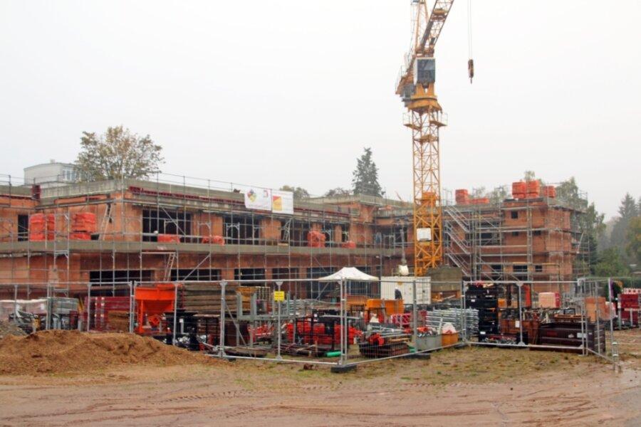 """Auf dem Gelände des Gellertquartiers ist der Rohbau der Kindertagesstätte """"Villa Kunterbunt"""" emporgewachsen."""