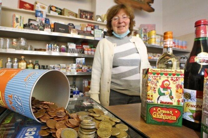 Ursula Seidels Kunden zahlen häufig mit Kleingeld. Das kostet sie unter Umständen mehr, als die Münzen wert sind.