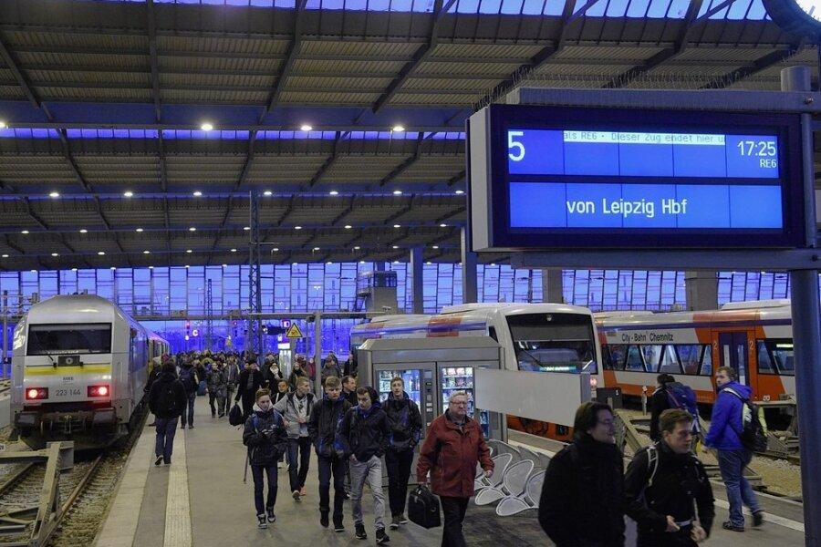 Wirbel um Ausbaupläne für Bahnlinie nach Leipzig: Wo wird die Strecke nun eingleisig?