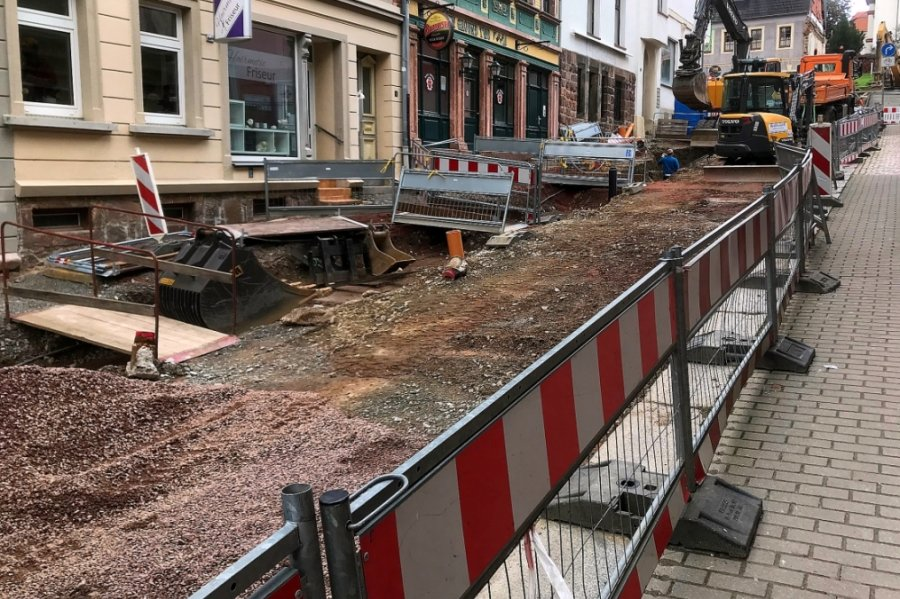 Die Theaterstraße in Mittweida ist derzeit Baustelle. Der Um- und Ausbau dauert noch bis zum 17. Dezember.