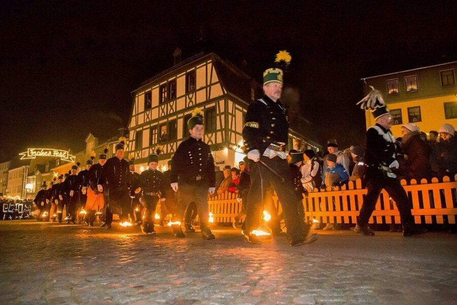 Ein Bild aus Vor-Corona-Zeiten: In Zwönitz will man dieses Jahr wieder die Hutzentage feiern.